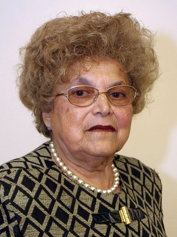 Mrs. Hedy Hirsch